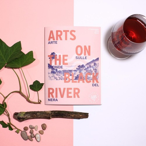 progettazione grafica per festival Umbria Arts On The Black River